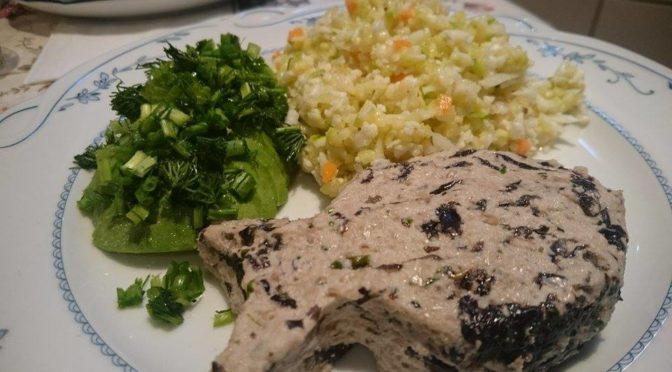 Сыроедная «рыба» с сыроедным «рисом» из цукини
